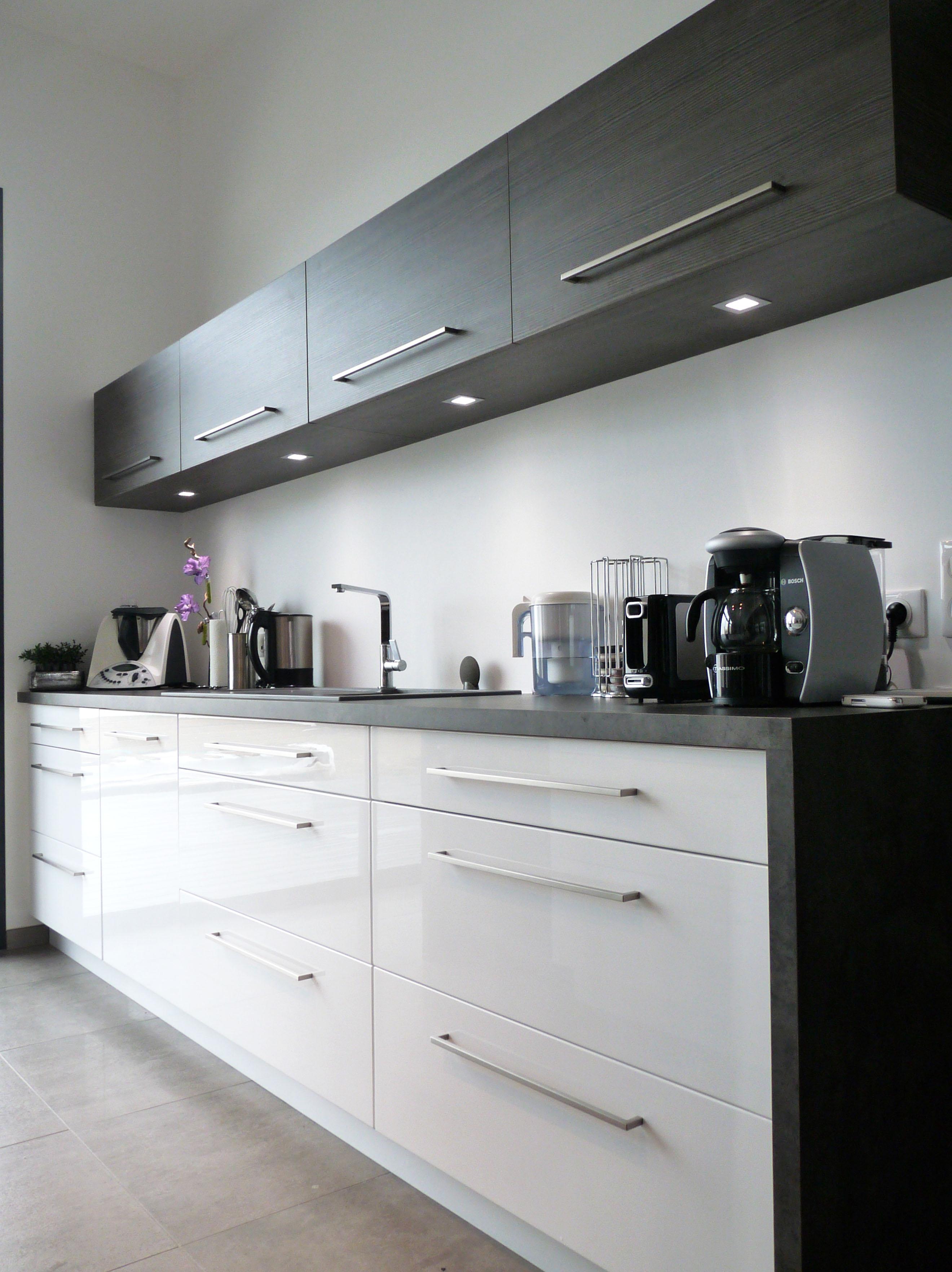 cuisine blanc brillant maison design wibliacom