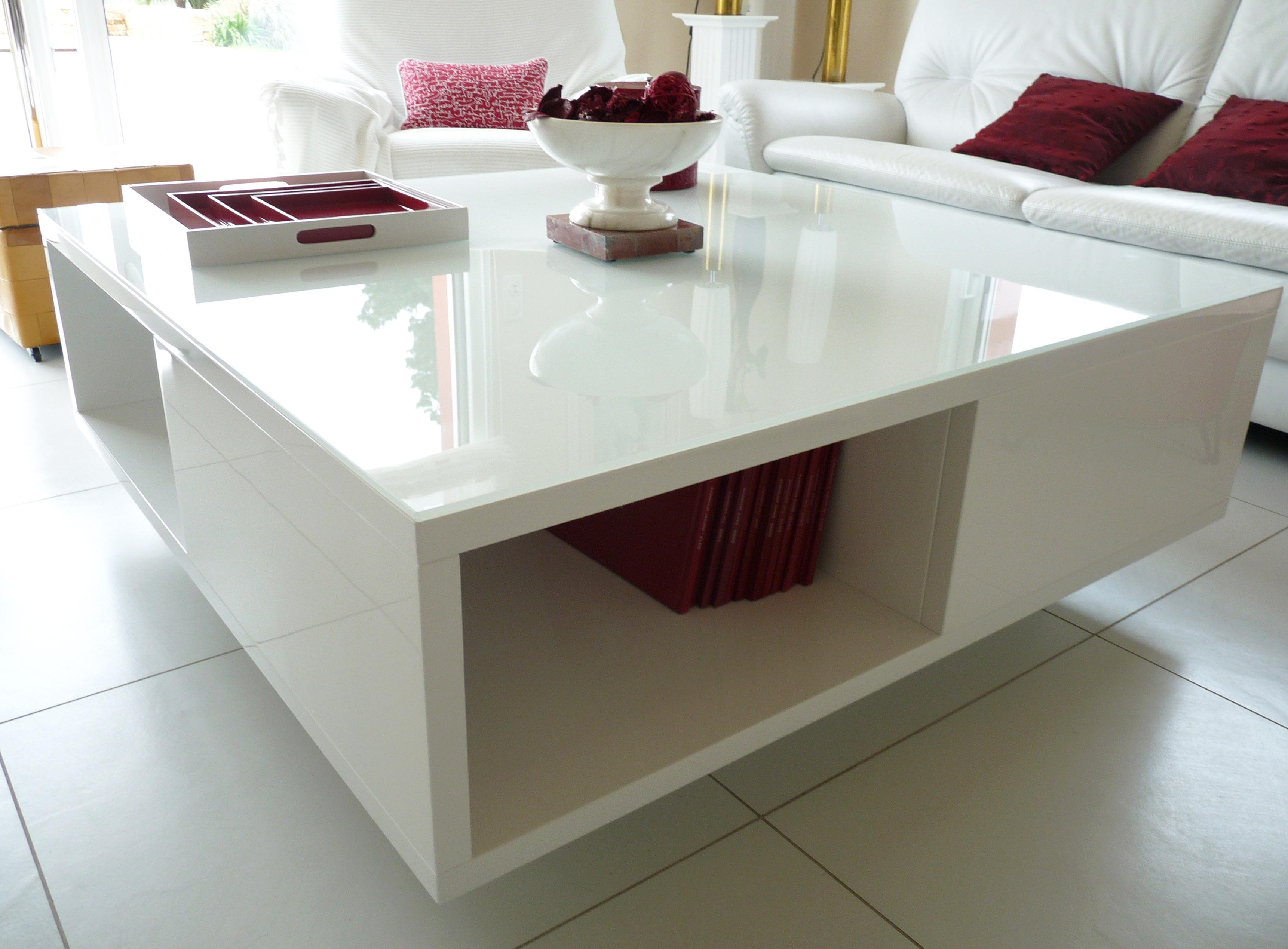Table salon laquee blanc brillant artibois - Table salon blanc ...
